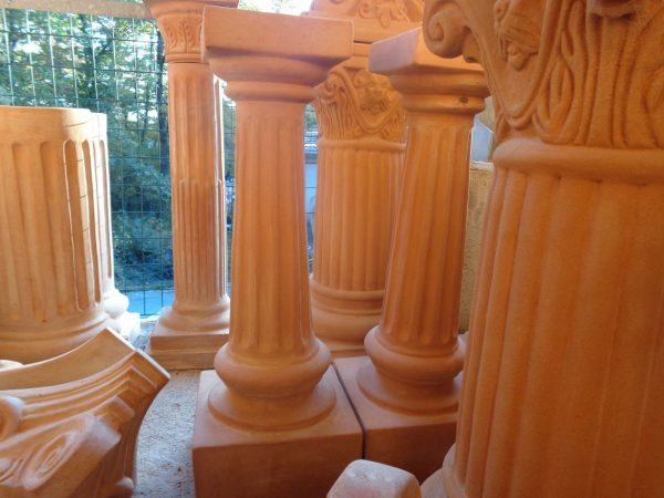 Colonna Capitello handgjorda Italienska kollonner av terrakotta
