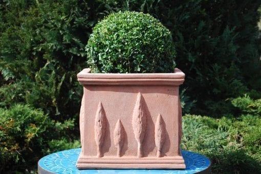 fyrkantig terracottakruka dekorerad cadabra italien utekruka planteringskarl