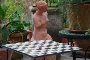 Chess Italienskt mosaikbord uterum och uteplats interior garden design