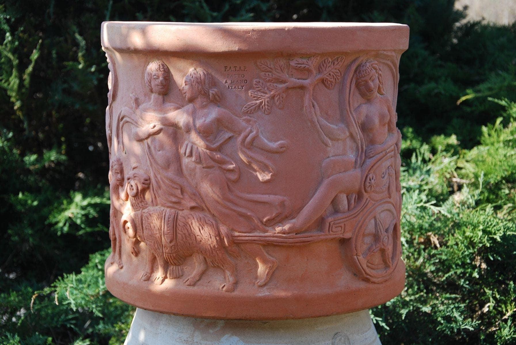 Carelli handgjorda terracottakrukor och utekrukor för medelhavsmiljö och Orangeri