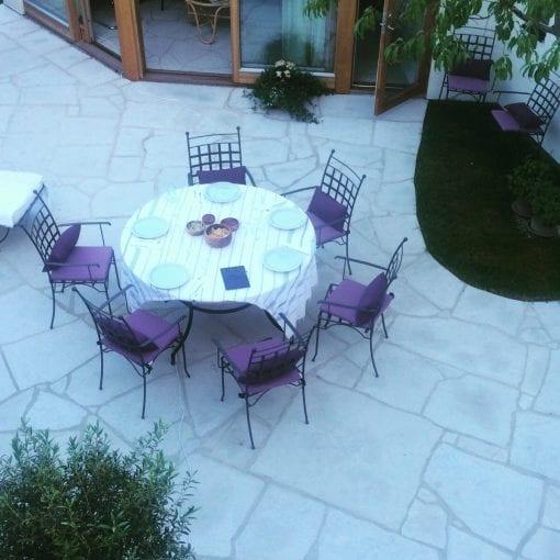 Piazza Italienska smidesstolar smidesmöbler medelhavsträdgård interior design