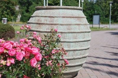 Planteringskärl och stora Urnor i frosttåligt Stengods