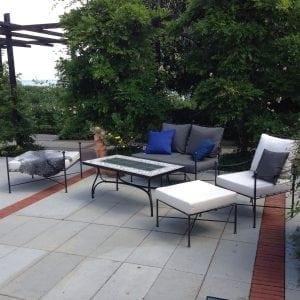 Smidesbord med kakelskiva Cadabra medelhavsmiljö utemöbler exklusiva orangeri