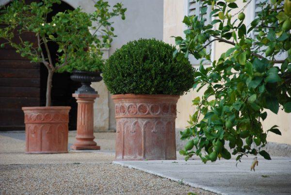 Vaso Korint handgjorda Italienska terrakottakrukor, urnor och vaser