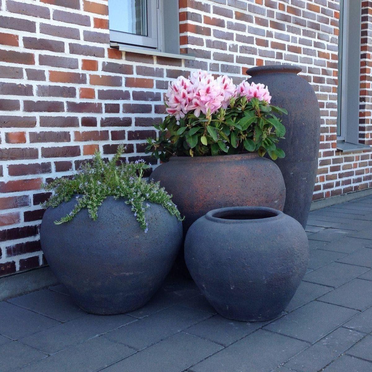 Vaso Vecchio stora låga urnor interiordesign och gardendesign (2)