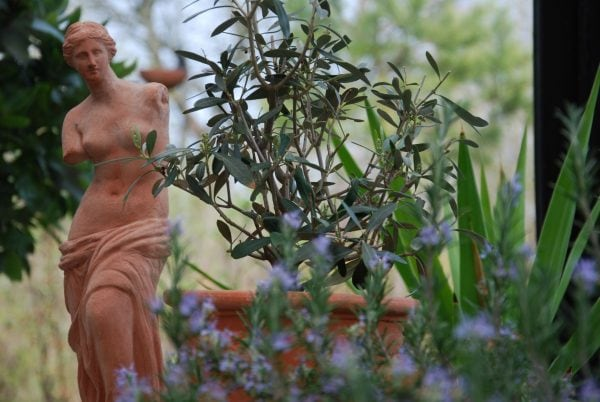 Venus Italiensk statyett i handgjord terrakotta från Impruneta