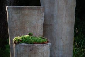 krukor Cono Lungo Plain höga krukor i terrakotta gardendesign hotell interiordesign