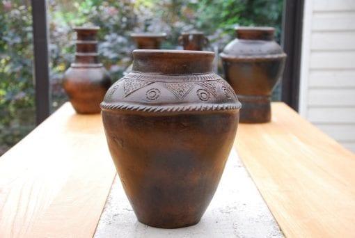 krus vas Bau Truc A intedning lerkrus lerkärl interior design vas krukor urnor