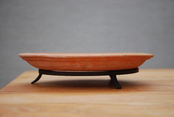 Smidda kruktassar till fat och krukor utekrukor terrakottakrukor lerkrukor