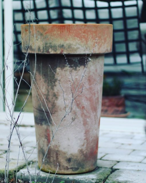 Patinerade krukor Liscio Bordo Vinificato Italienska frosttåliga terrakottakrukor