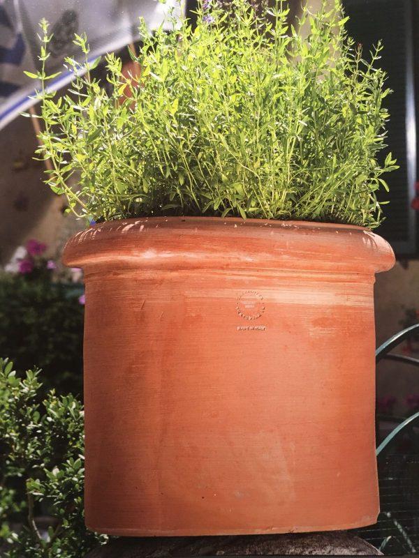 terrakottakrukor cilindro liscio stora krukor ute och i trädgården