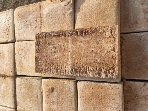 handslaget tegel golvtegel orangeri frosttaligt tegelvagg